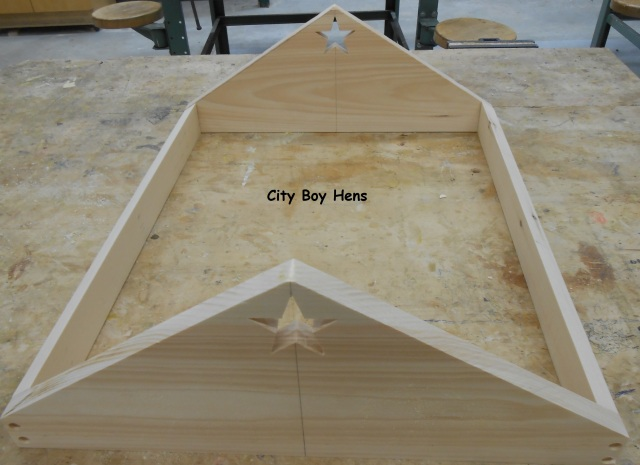 How To Make A Ventilated Gabled Beehive Roof